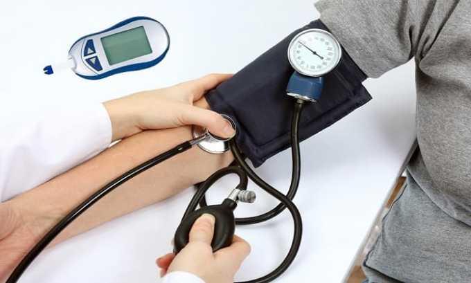 Необходимо принимать во внимание возможность снижения артериального давления при использовании протамина