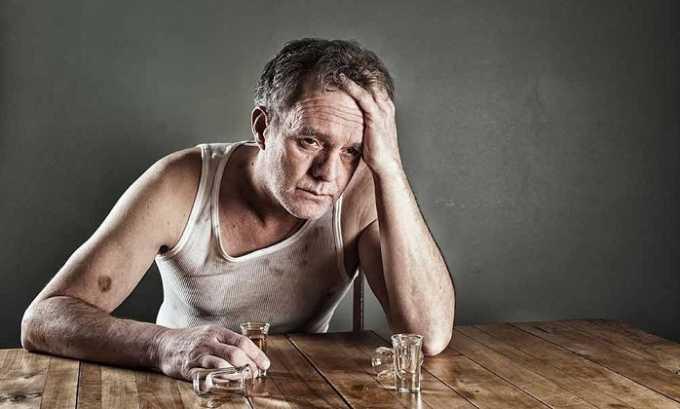Можно использовать препарат больным с синдромом абстиненции при хроническом алкоголизме