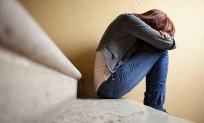 В число других побочных эффектов медикамента входит депрессия