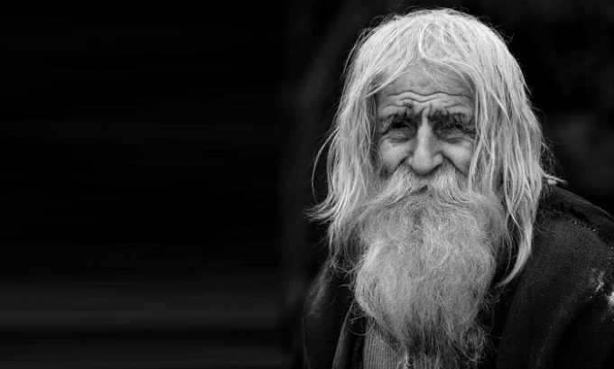 В возрасте более 70 лет препарат следует принимать с осторожностью