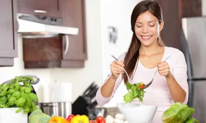 Эффект от лечения данным средством усилится, если в рацион ввести полезные продукты