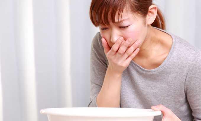 На фоне приема препарата могут возникнуть приступы тошноты
