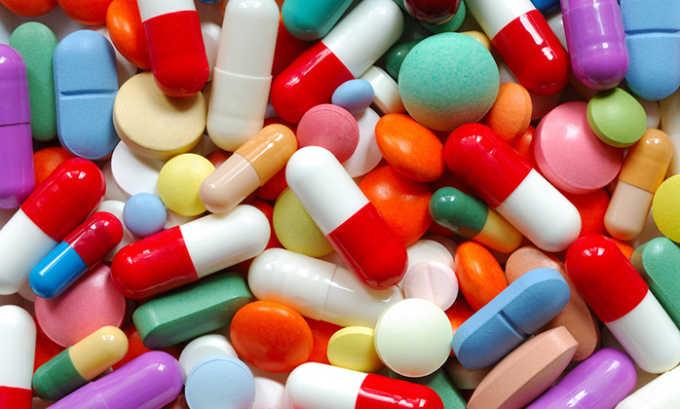 Длительный прием оральных контрацептивов приводит к ухудшению кровообращения репродуктивных органов, повышается риск развития тромбов, которые провоцируют варикозную болезнь