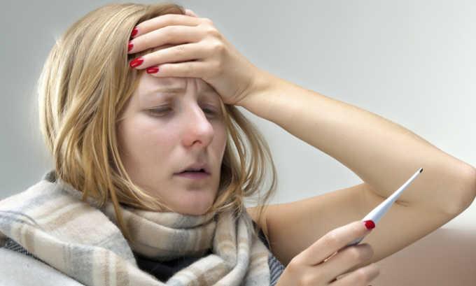 При передозировке препаратом появляется лихорадка