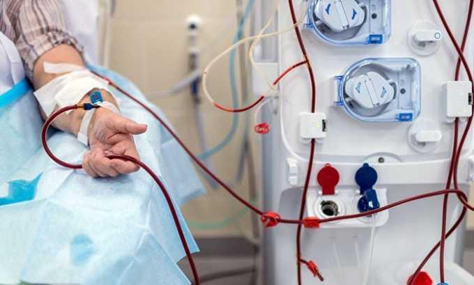 В профилактических целях антикоагулянт назначают при прохождении гемодиализа пациентами с тяжелой почечной недостаточностью