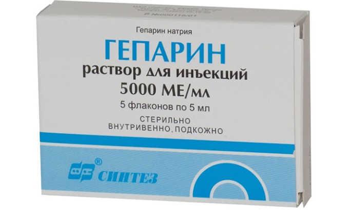 Не рекомендуется одновременное использование сердечного средства с препаратом Гепарин