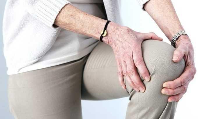Вольтарен 100 избавляет от отечности и скованности суставов