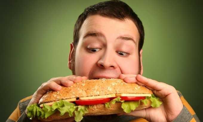 Несбалансированное питание может создать условия для развития варикоза