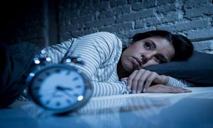 При изменении суточного биоритма, сопровождающемся нарушением процессов сна и бодрствования принимают Фенотропил