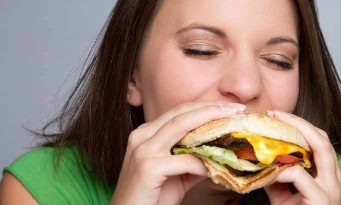 Не сбалансированное и вредное питание может повлиять на появление купероза