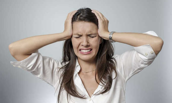 В некоторых случаях могут возникнуть негативные реакции организма, проявляющиеся головной болью