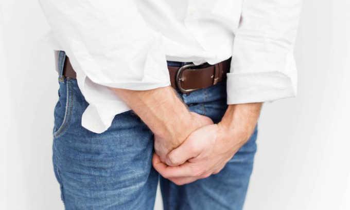 Для того чтобы вовремя диагностировать заболевание у мужчин, необходимо обратить внимание на боль в мошонке