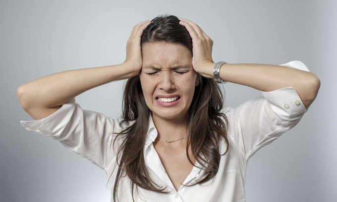 При передозировке препаратом возможны проблемы с нервной системой: боль в голове, головокружение
