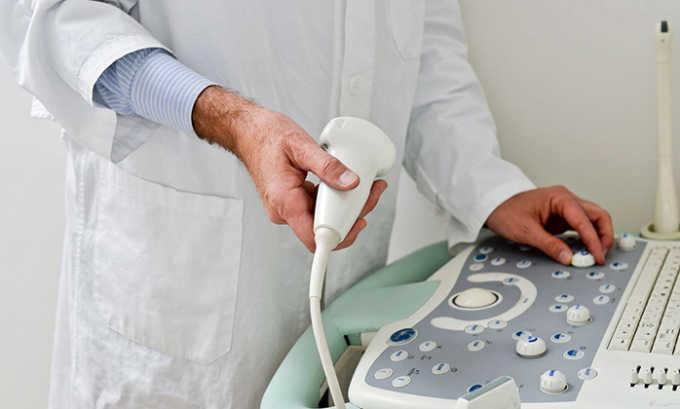 УЗИ показывает эхопризнаки болезни, указывающие на нарушение состояния и дисфункции кровеносных сосудов в мошонке