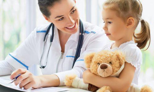 Чтобы вылечить купероз у малышей и подростков на лице или иной части тела, необходимо пройти полное медицинское обследование, определить индивидуальные особенности организма, выбрать с врачом максимально лояльный способ лечения заболевания
