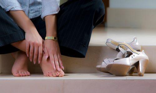 Периодические усталость и тяжесть в ногах первые признаки тромбоза