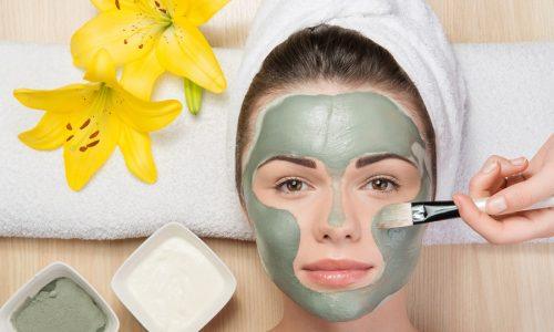 Маски от купероза, предлагаемые салонами красоты, помогают уменьшить видимые проявления болезни, поэтому пользуются популярностью у женщин