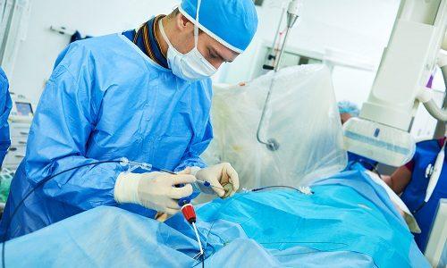 Дополнительно сосудистый хирург может назначить больному пройти рентгенологическую ангиографию