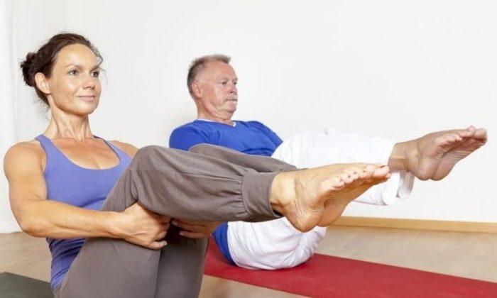 Специальная лечебная гимнастика выполняется для профилактики варикоза, снятия тяжести в ногах, нормализации кровообращения, предотвращения застоя венозной крови