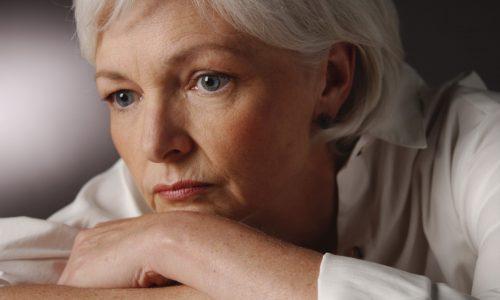 На фоне климакса появление варикоза объясняют гормональными сбоями