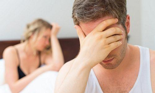 Если применялось оперативное вмешательство по методу Иваниссевича, секс запрещают на полгода, поскольку данный способ используется в тяжелых случаях и наиболее сильно травмирует человека