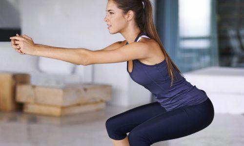 При варикозе во время тренировки ног необходимо избегать утяжеления и глубокие приседания