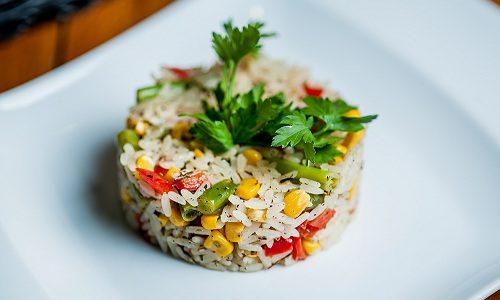 Ужин при диетическом питании может состоять из риса с овощами