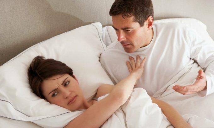 После операции по удалению варикоцеле рекомендуется воздерживаться от половых контактов до конца периода реабилитации