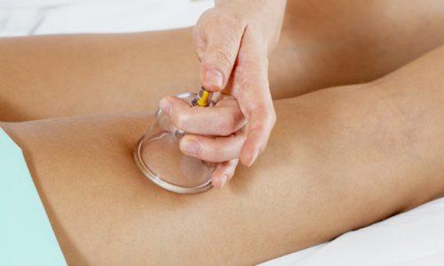 Вакуумная терапия позволяет быстро удалять гной из язвы и способствует уменьшению размеров и глубины раны, а также отеков вокруг нее