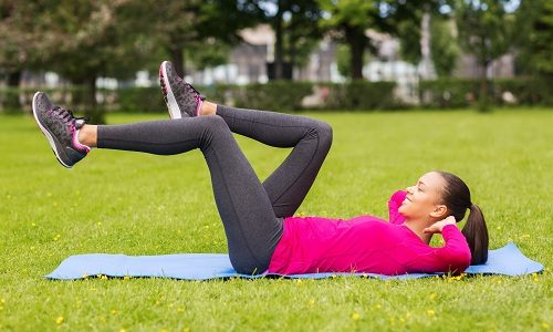 Упражнение «Велосипед» улучшает кровоснабжение в нижних конечностях и предотвращает застойные явления в области малого таза