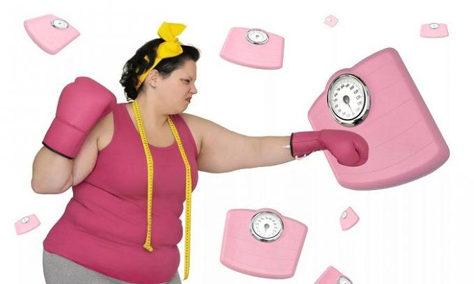 Лишний вес у женщин часто является причиной образования варикоза