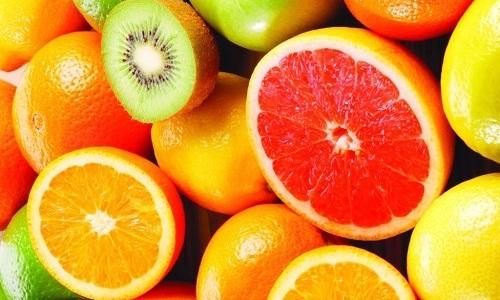 Получить необходимые при варикозе витамины C и Р можно, употребляя цитрусовые