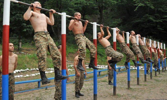 Военная служба предусматривает наличие высоких физических нагрузок, что может спровоцировать усугубление варикоцеле