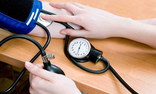 При резкой отмене препарата уровень артериального давления постепенно возвращается к привычному для пациента