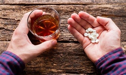 Одновременное употребление алкоголя и Липтонорма может привести к негативным последствиям