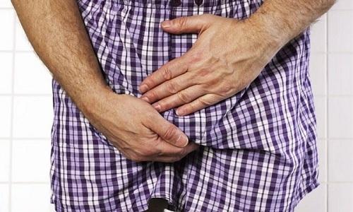 Лечение геморроидальных узлов Этоксисклеролом может стать причиной появления боли в области простаты