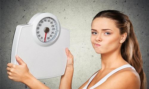 С осторожностью препарат нужно принимать при низкой массе тела (менее 50 кг)